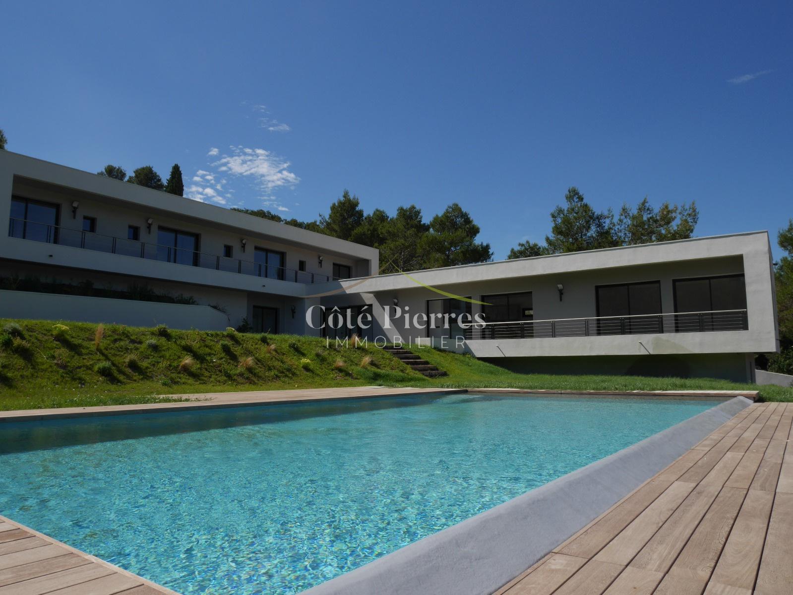 Vente appartements maisons villas nimes centre for Maison moderne nimes
