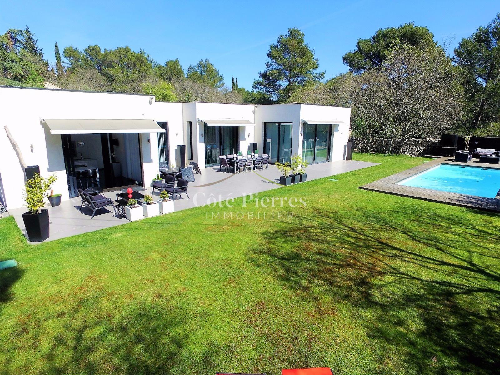 Annonce maison villa 7 pieces n mes vente for Maison moderne uzes